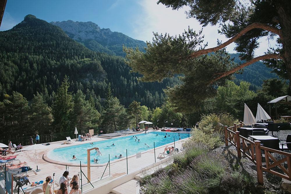 Camping m olans revel le rioclar alpes de haute provence for Piscine barcelonnette